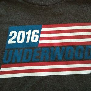 "NWOT House of Cards ""Underwood 2016"" t-shirt"